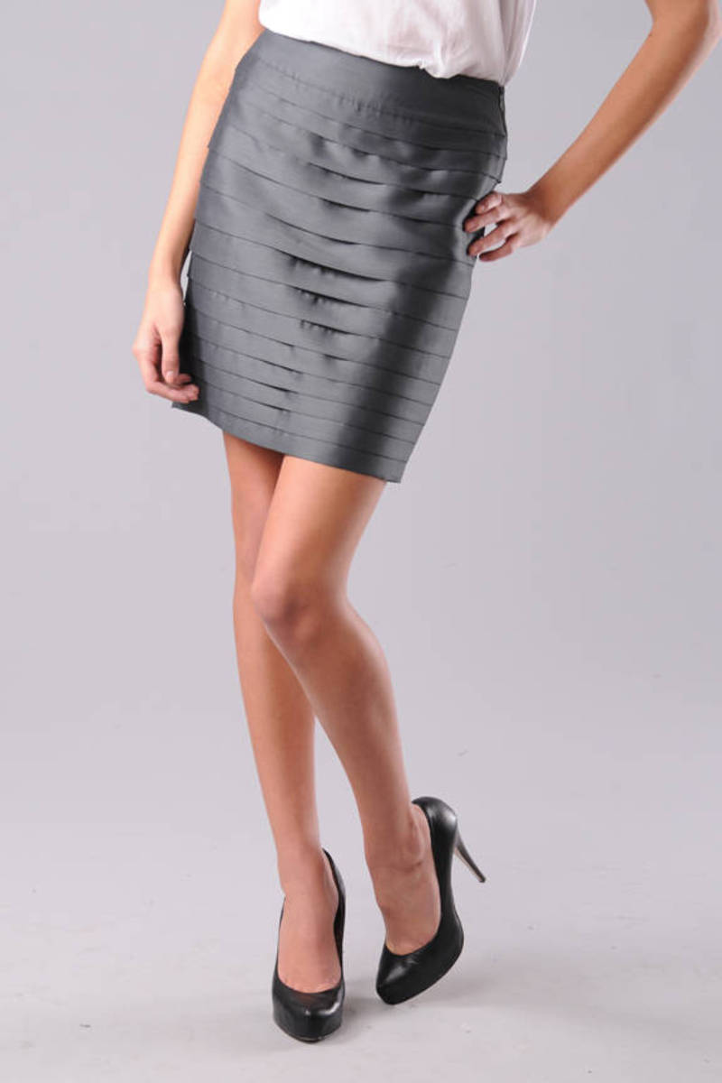 Port Banded Pencil Skirt