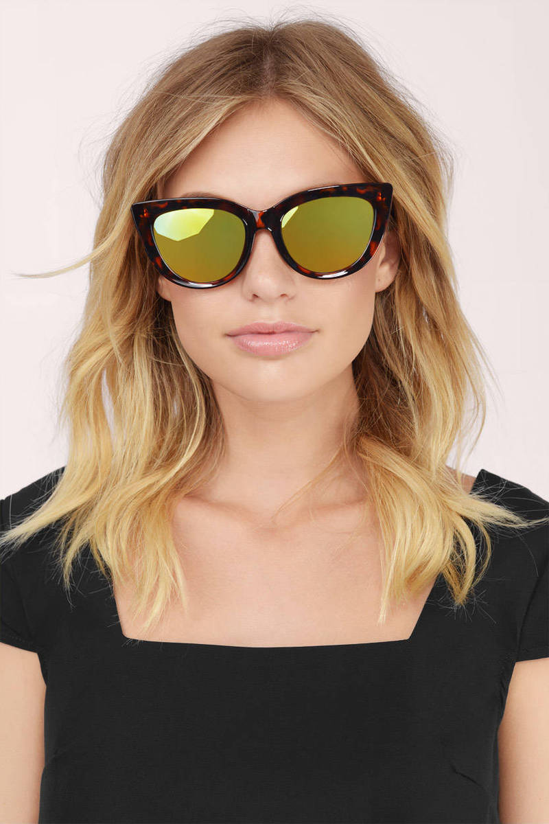 QUAY Rhymes Sunglasses