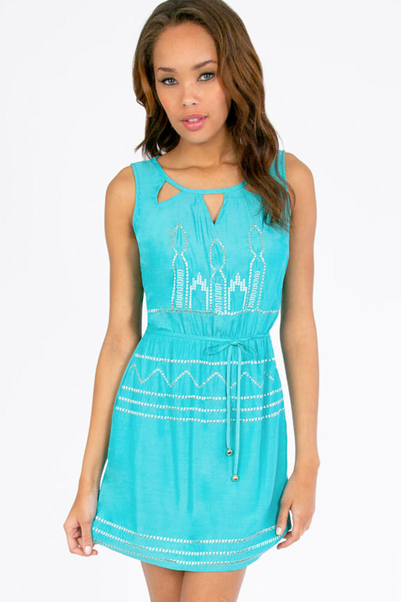 Trying Triangle Cinched Dress
