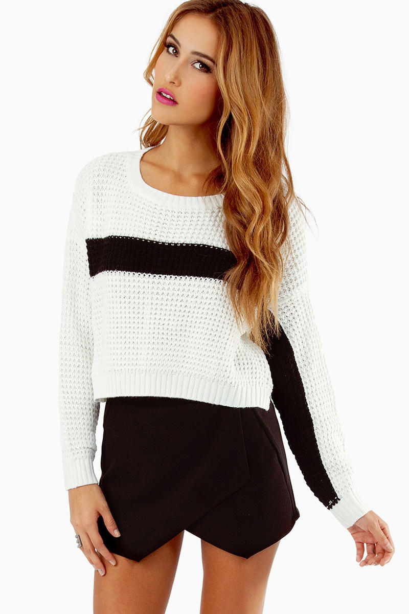 Center Stripe Knit Sweater