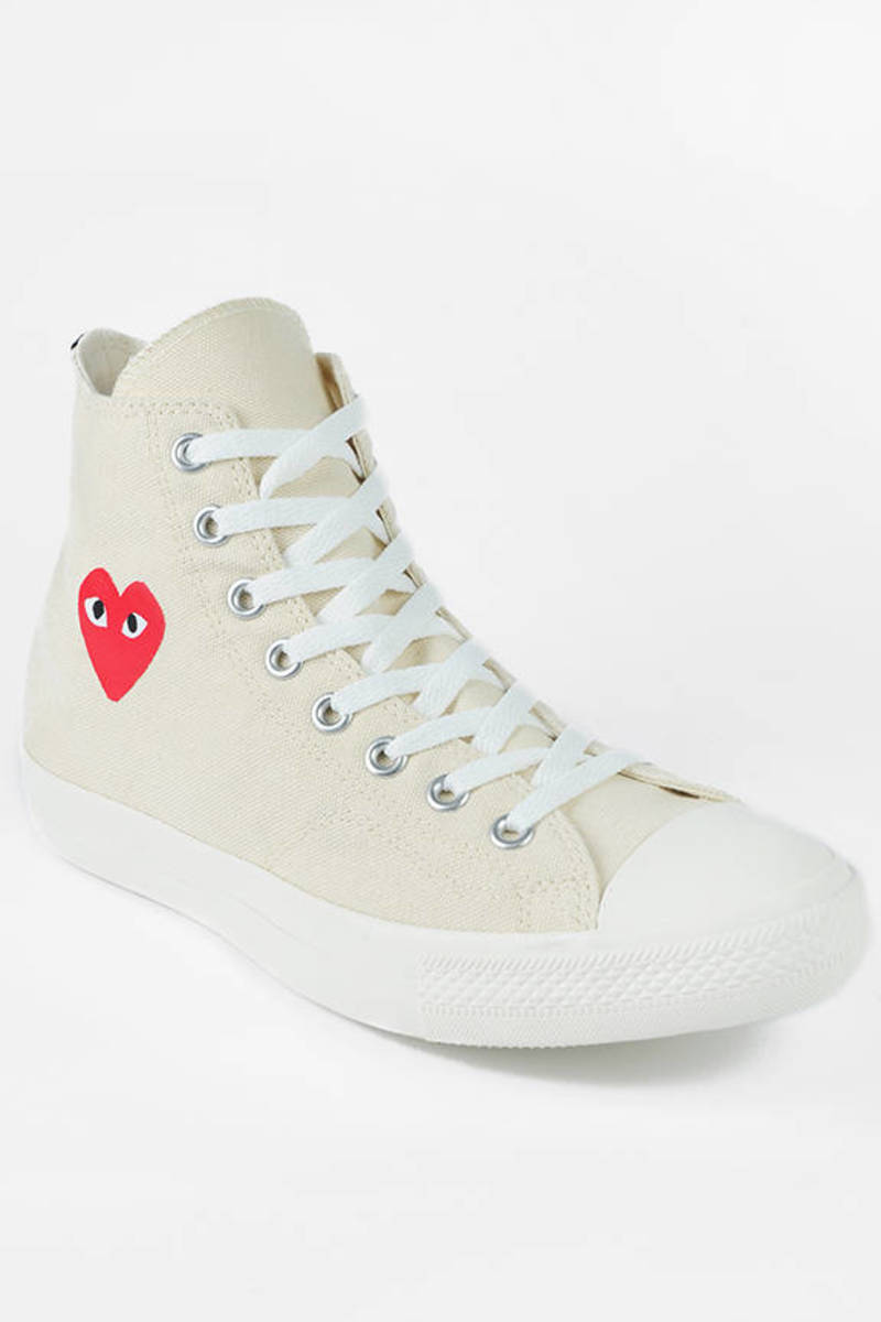 7095a281c5c0 White Comme De Garcons Play Sneakers - Hi Tops - White Heart ...