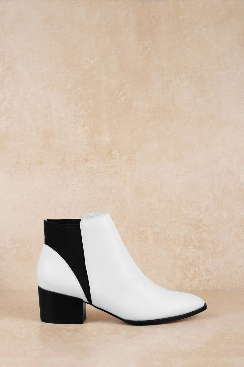 White Chinese Laundry Boots - Vintage