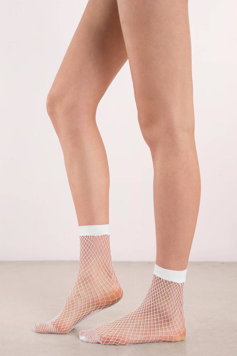 0a5ef1ec74bc7 Fresh Catch White Fishnet Ankle Socks - $4 | Tobi US