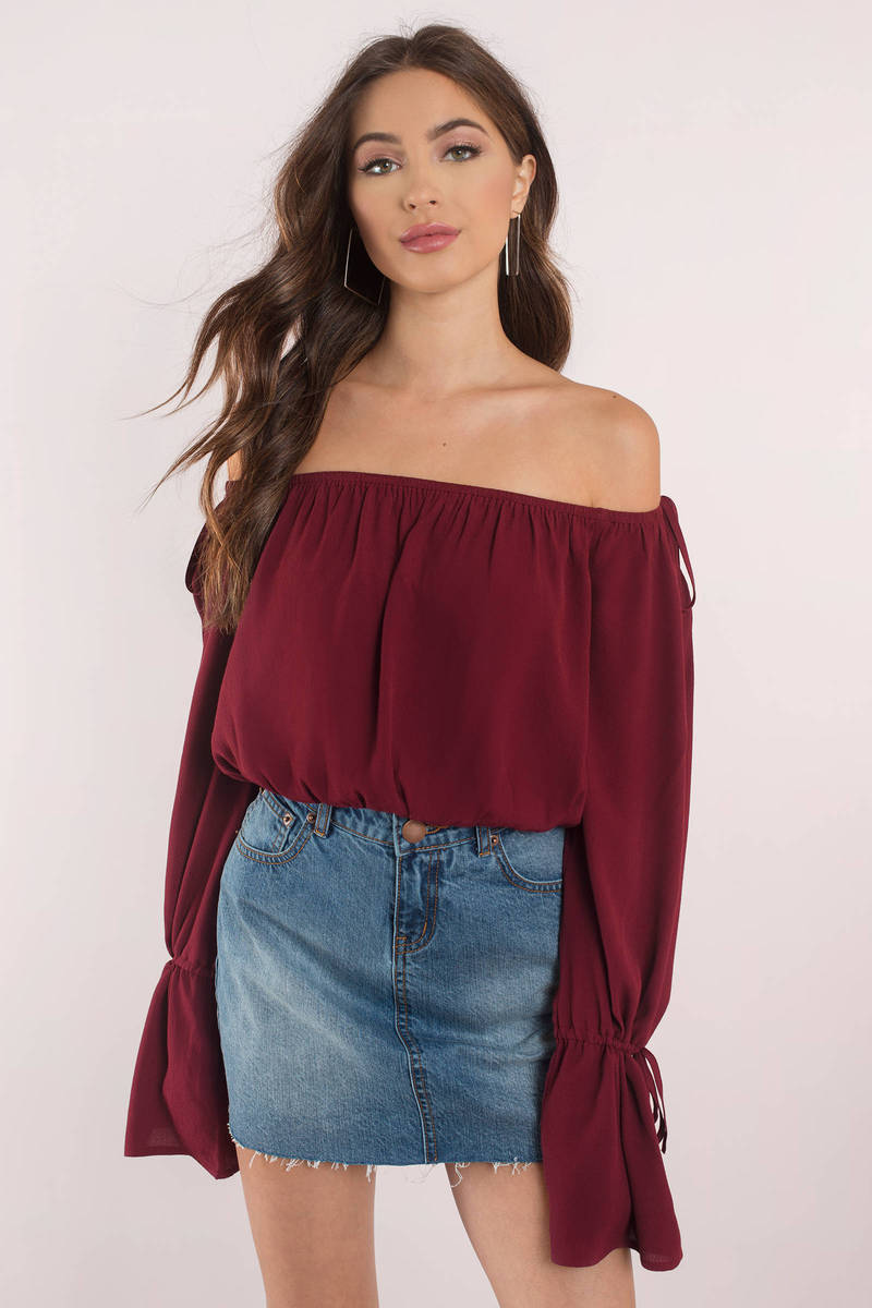Fashion off shoulder tops. SheIn Women's Off Shoulder Slit Sleeve Tie Cuff Blouse Top. by SheIn. $ - $ $ 16 $ 18 99 Prime. FREE Shipping on eligible orders. Some sizes/colors are Prime eligible. 4 out of 5 stars Product Features Slit sleeve, tie cuff, curved hem, and elasticated off shoulder blouse top.