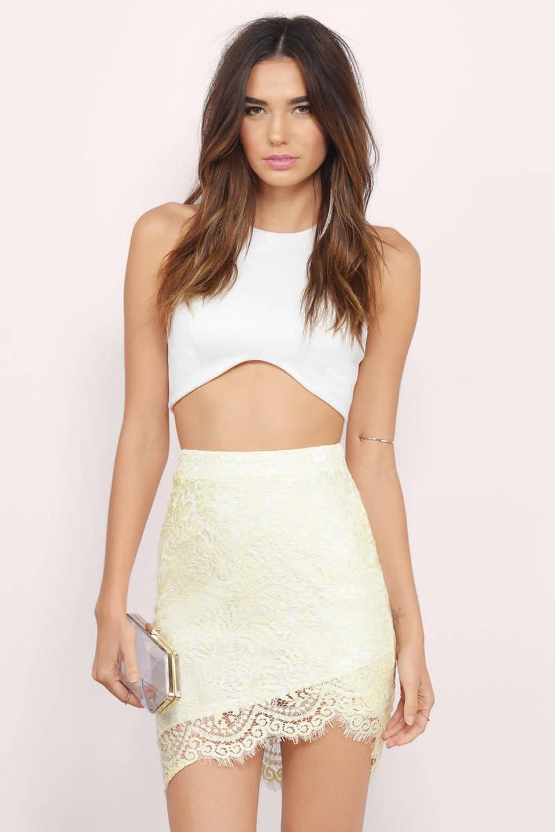 Amazoncom Romantic Chic Lace Quilt Set Lavender Twin