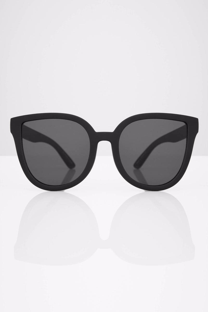 Black Oversized Sunglasses  paradiso black oversized sunglasses 50 00 tobi