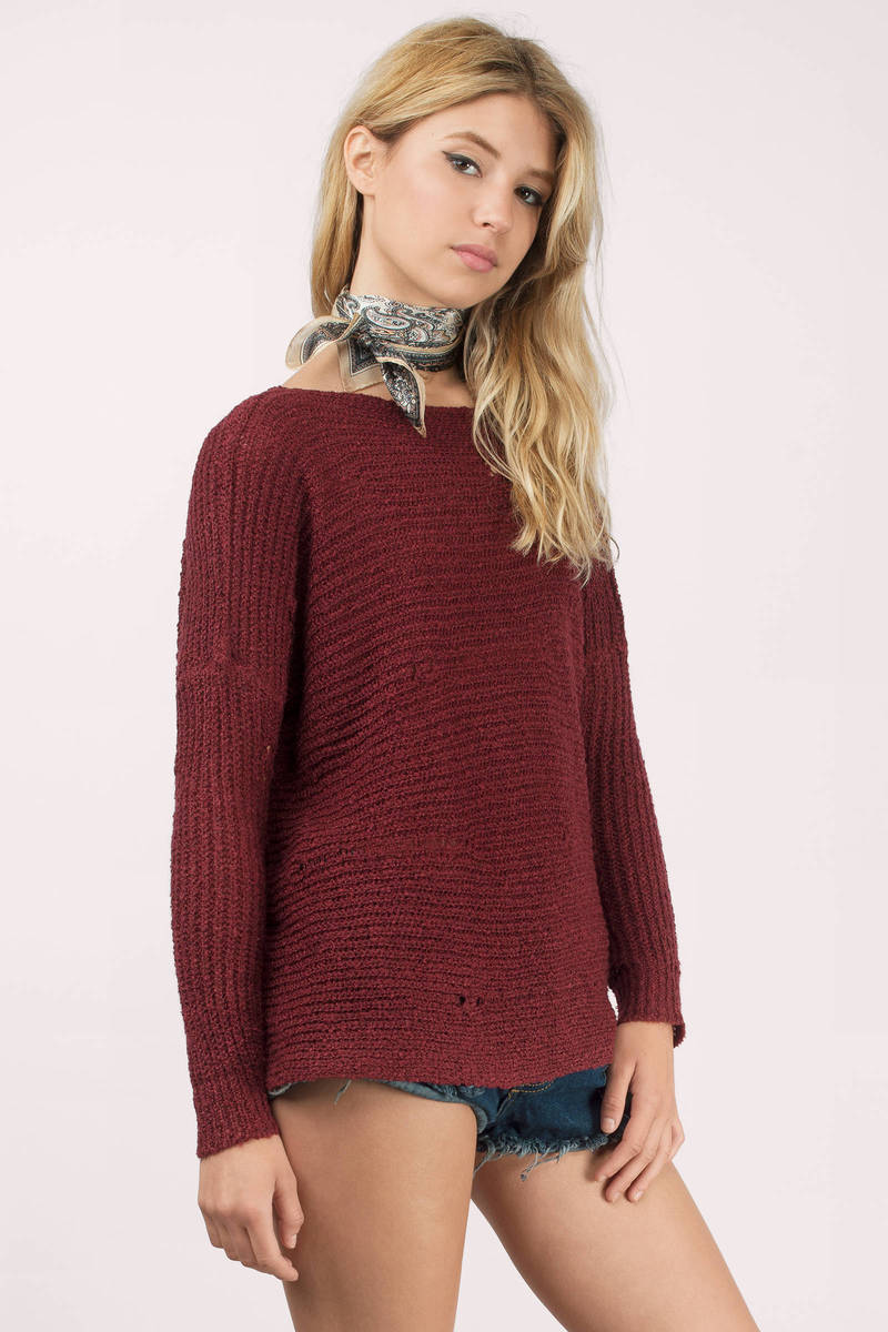 Wherever your travels take you, you'll be stylish and comfy in the Lulus Ticket to Cozy Burgundy Oversized Sweater! Soft and stretchy knit fabric starts at a ribbed V-neck and flows into long sleeves (with ribbed cuffs)/5().