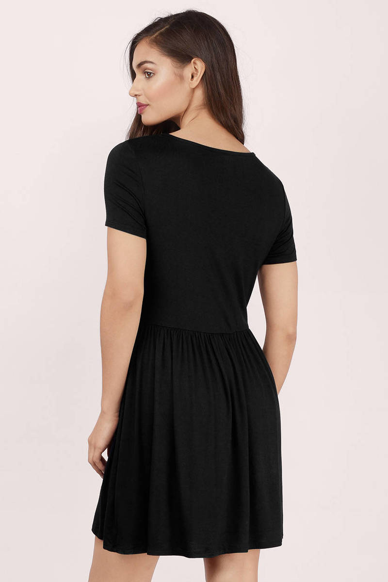 Add some flair to your favorite basic with this sleek mini dress featuring a soft V-neckline, short sleeves with a fringe trim, and a curve hugging skirt.