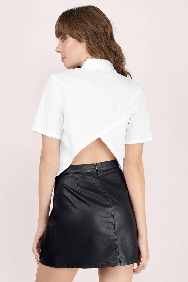 Crop Tops + Bustiers Browse trendy tops from Love Culture, including the softest tees and tanks, cute crop tops, and sexy bodysuits! Shop everyday essentials like a basic camis and tees, or find something special with off-the-shoulder, lace up, surplice, plunge, or tie up moments.