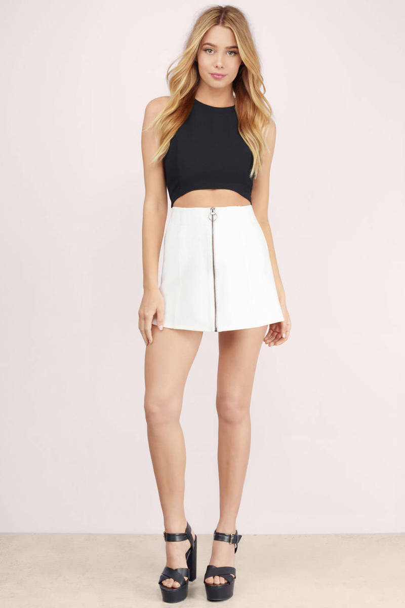 Chasing Daisies Zip Up Skirt - $56.00 | Tobi