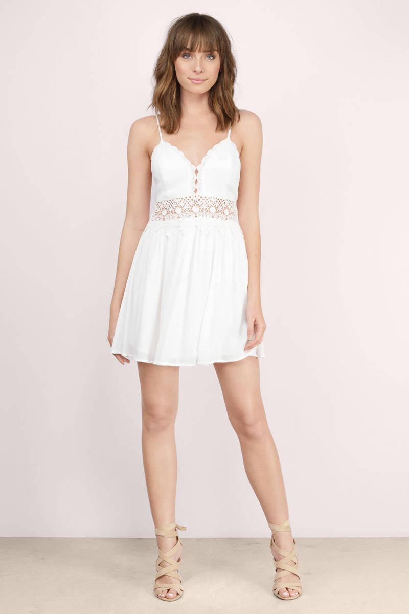 White dress crochet - Totally