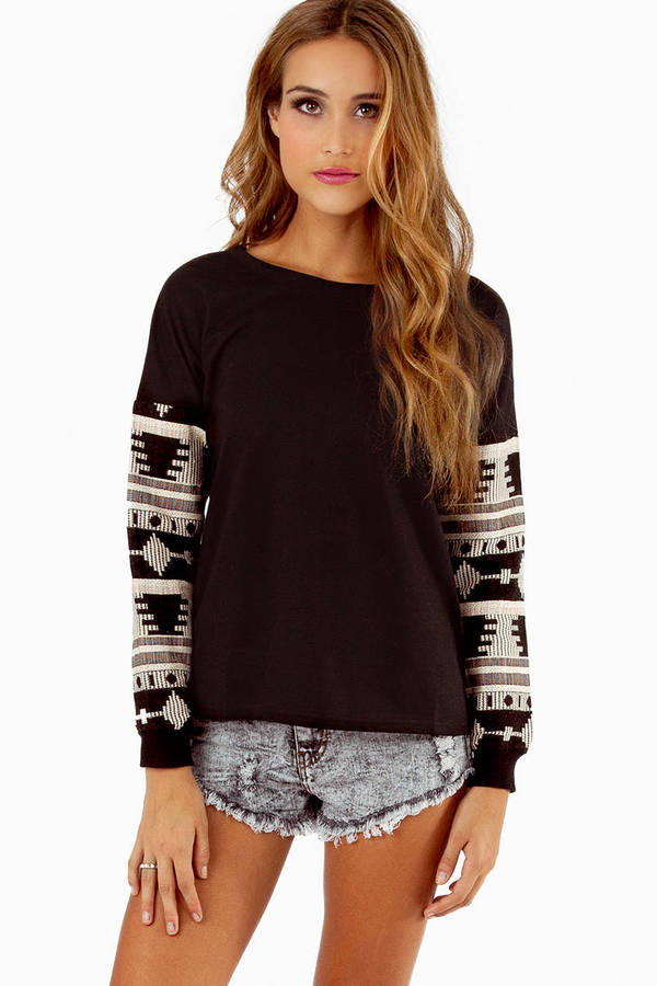 Elli Embroidered Sweater