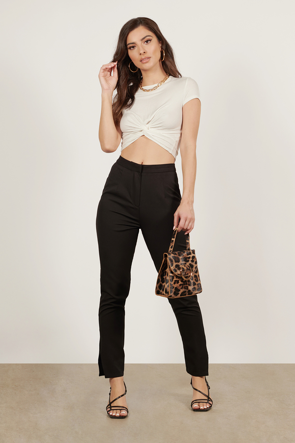 Skinny Fit Cigarette Pants Black. Order today & shop it like it's hot at Missguided.