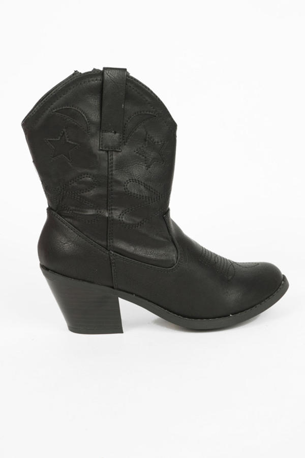 Muse Booties