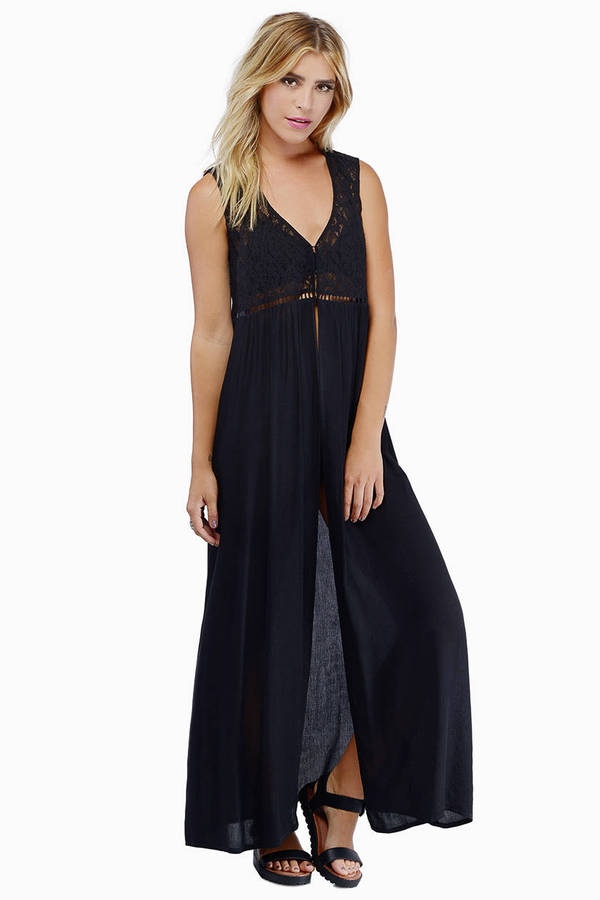 Safe Haven Maxi Dress