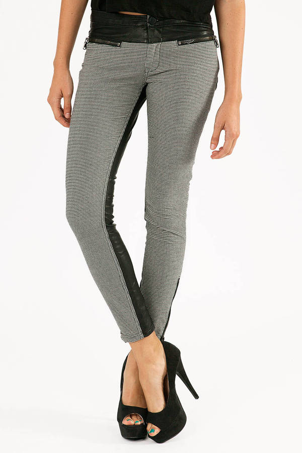 Blank NYC The Hounds Skinny Jeans