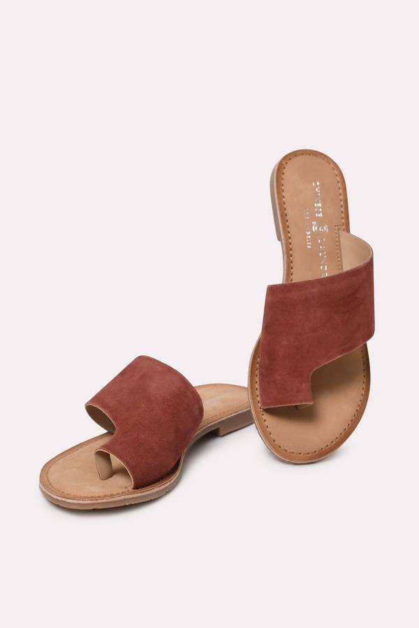 2f3ee3b8bef4d Flat Sandals | Gladiator Sandals, Strappy Sandals For Women | Tobi