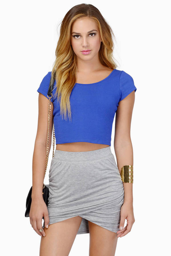 Curve Hugging Crop Top