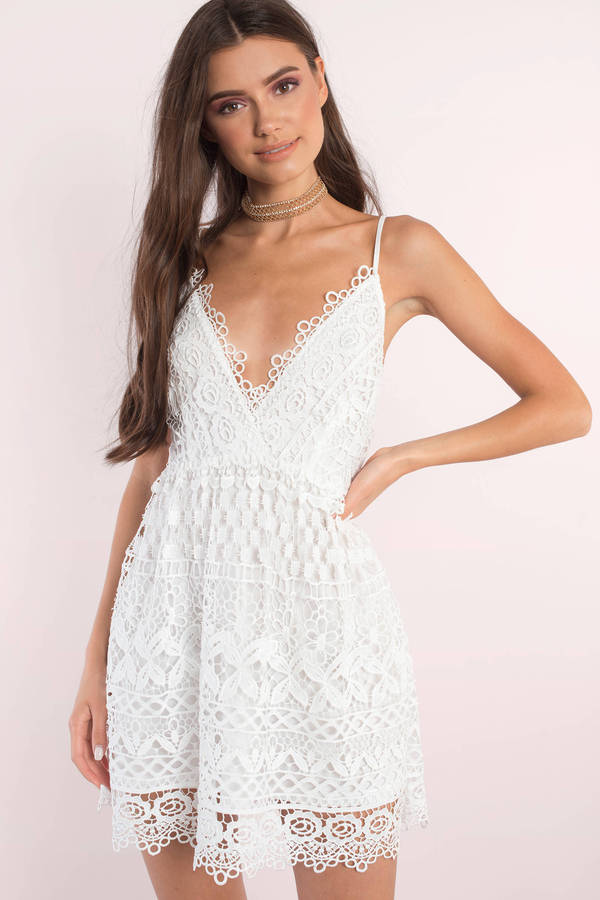 No hits flowy white dress.