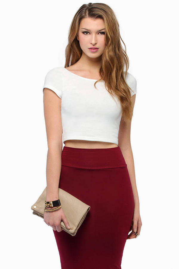 Short and Scoop Crop Top