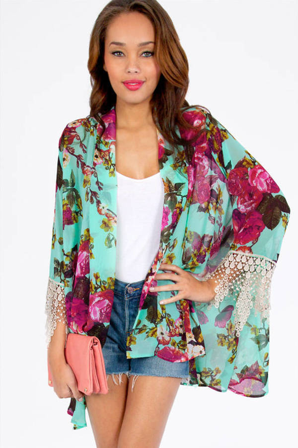 Arlene Kimono Wrap