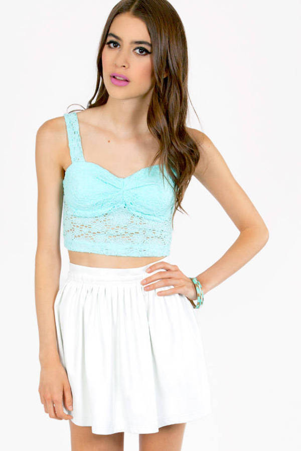 Irene Eyelet Crop Top