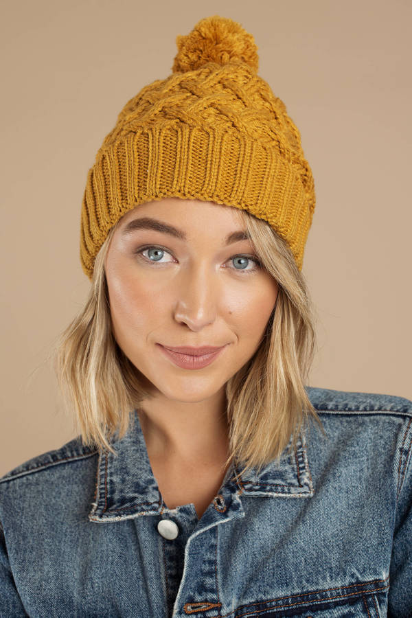 Yellow Beanie - Warm Beanie - Yellow Pom Pom Beanie - Winter Hat ... 97760b97b02