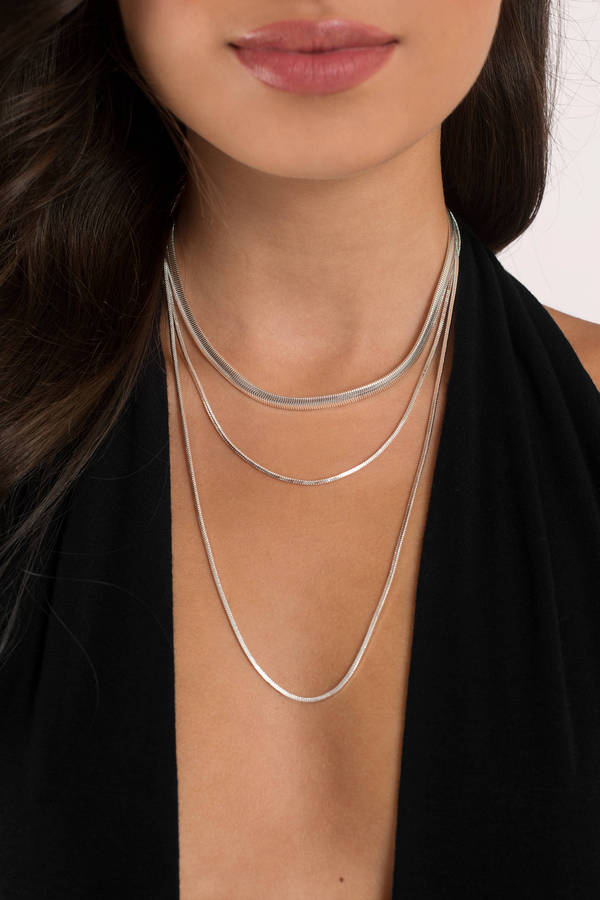 Womens necklaces gold choker necklace trendy necklaces tobi necklaces silver simple elegance layered necklace aloadofball Images