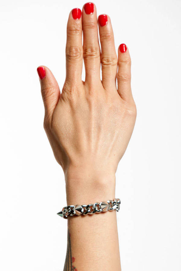 Ana Accessories Spiked to the Curb Chain Bracelet