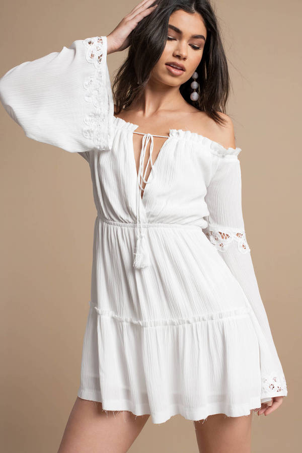 Short fitted white dresses