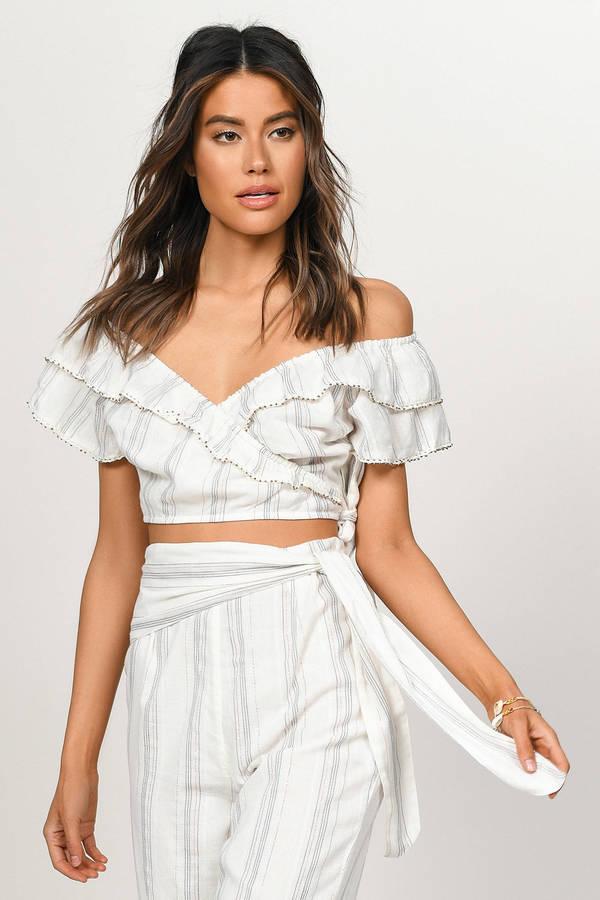 9f9d79b51f9407 Tops for Women | Cute Shirts, Trendy Crop Top, Sexy Bodysuits | Tobi
