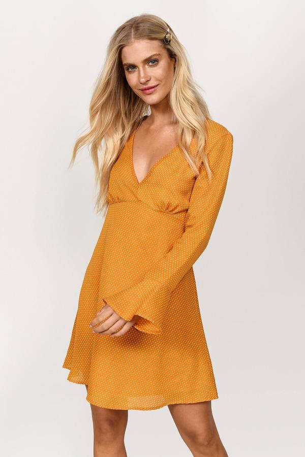 Yellow Dresses  224072d74