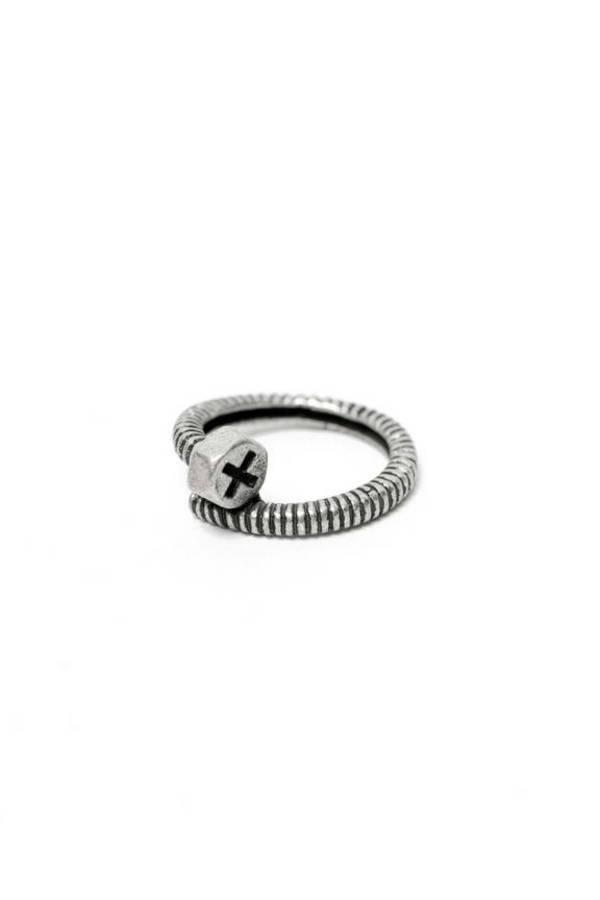 Screwy Ring