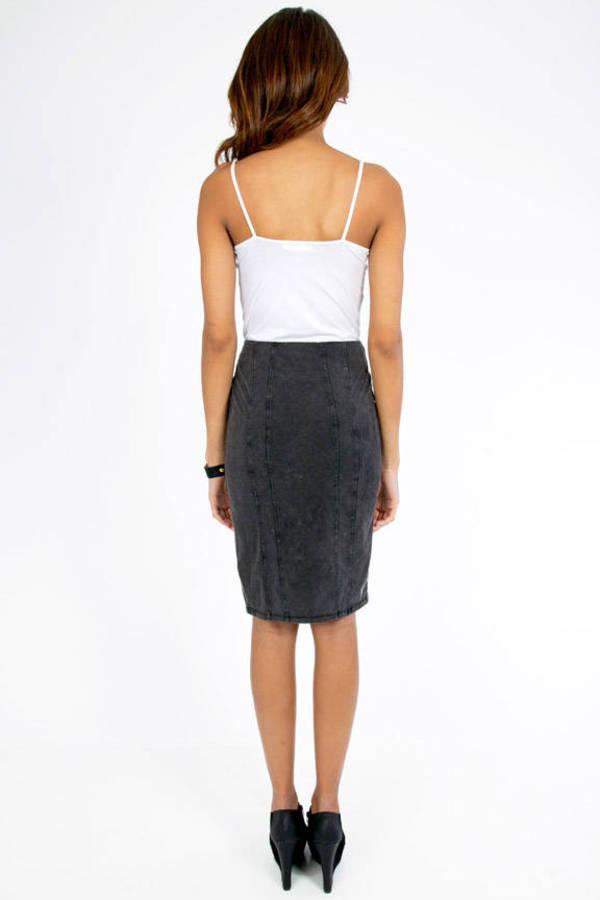 Side Swipe Skirt