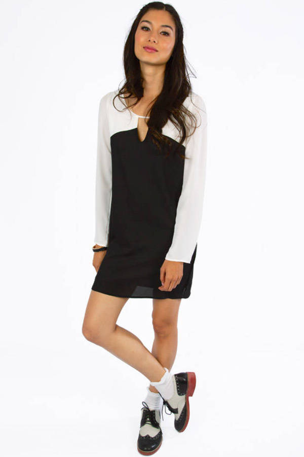 Reyna Contrast Shift Dress