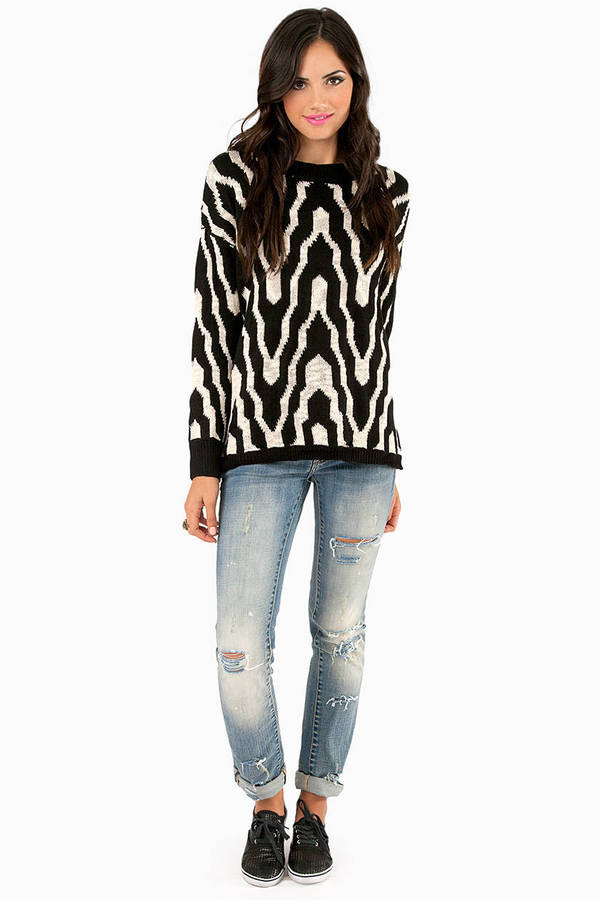 Waving Zena Knitted Sweater