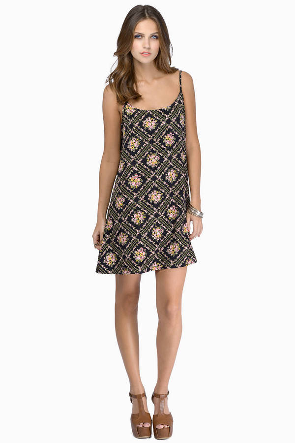 Norah Shift Dress