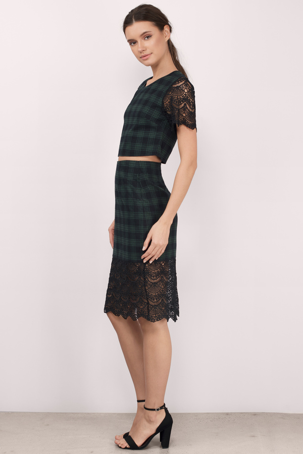 Trendy Black & Green Skirt - Lace And Plaid Skirt - $9.00