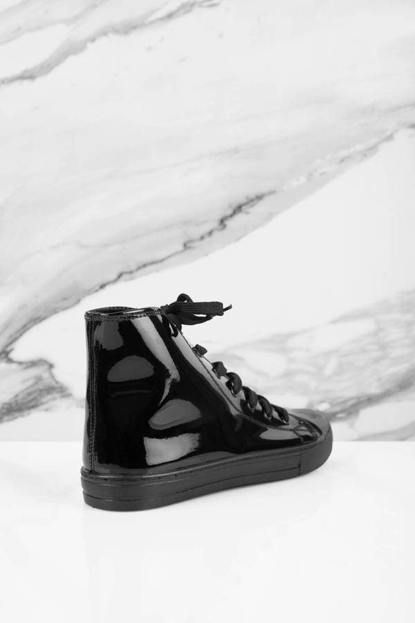 Black Shiny Leather Sneakers