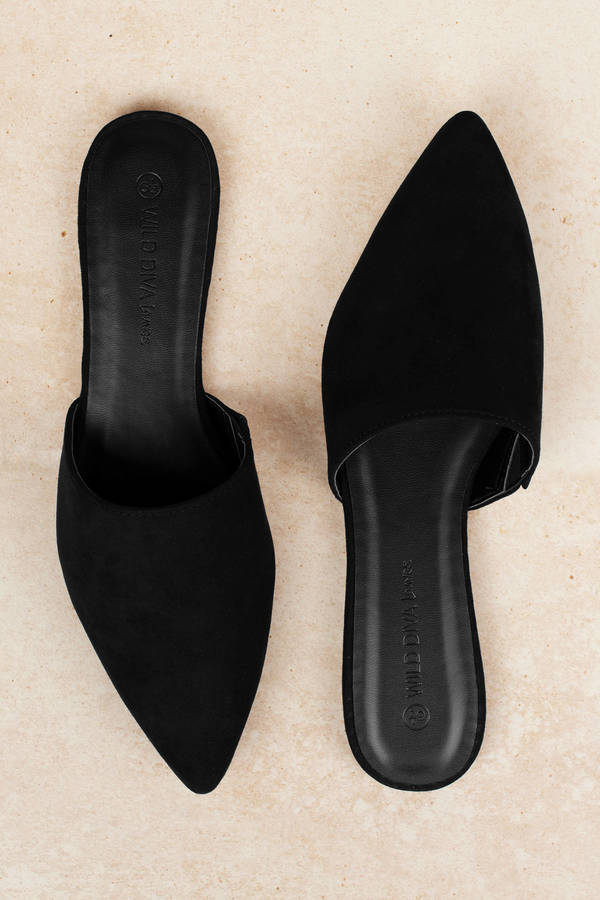 Black Mules - Pointed Shoes - Black