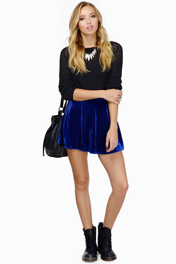 Flirt Velour Skirt
