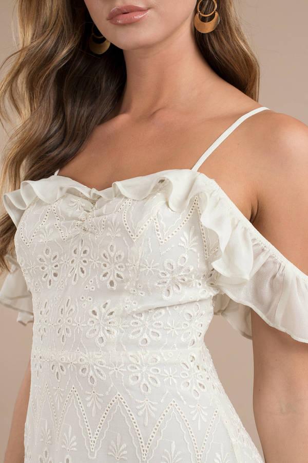 0a01e6db7f ... ASTR Astr Kristin Cream Cold Shoulder Dress ...