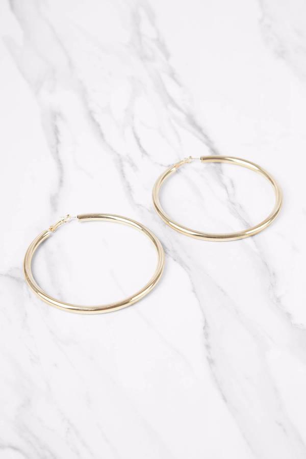 Selena Gold Hoop Earrings € 10