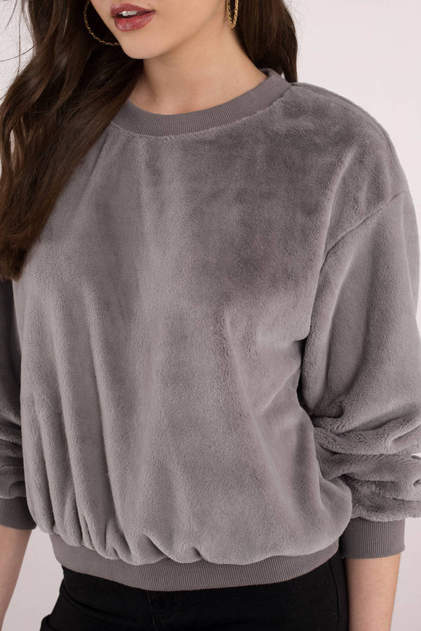abe8b5b1a93 ... Tobi Hoodies & Sweatshirts, Grey, Cloudy Day Faux Fur Sweatshirt, ...