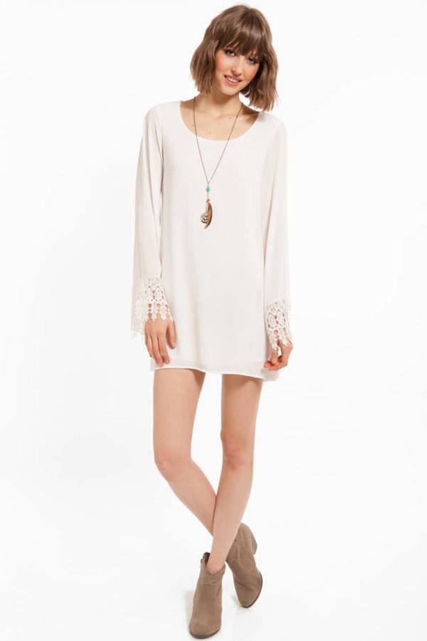 Belle's Sleeve Dress