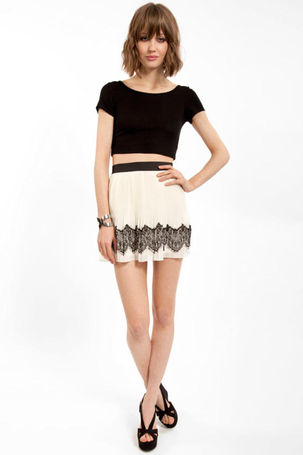 Simply Lace Skirt