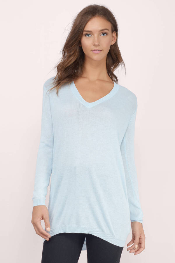 What To Wear Under A Light Blue Sweater 52