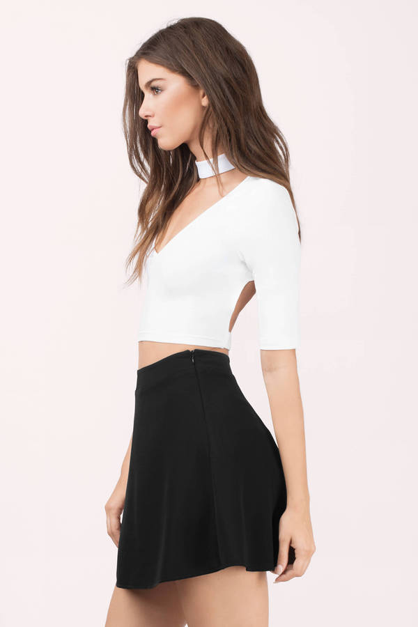Cut the crop this season and check out our versatile range of crop tops. From cute, casual cropped tees you can wear with jeans, to sexy crop tops for nights out - .