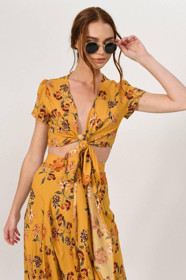 e9ef36883 Garden Gate Yellow Floral Maxi Skirt - $30 | Tobi US
