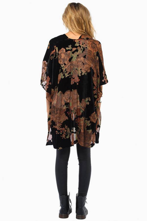 Love Club Kimono
